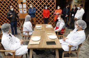 Gobierno y sector privado trabajan en proyecto de protocolo para atención del público en restaurantes y servic